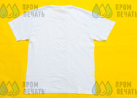 Белые футболки с изображением битвы самураев