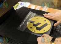 Черные футболки с лого и надписью «FAMOUS STAR production»