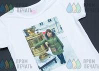 Белая футболка с фото и надписью «чай не пиво, много не выпьешь»