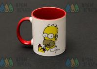 Белая с красным кружка с картинкой «Гомер Симпсон»