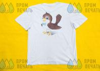 Белые футболки с изображением кадров из мультфильмов
