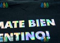 Черные футболки с лого и надписью «UN MATE BIEN ARGENTINO!»