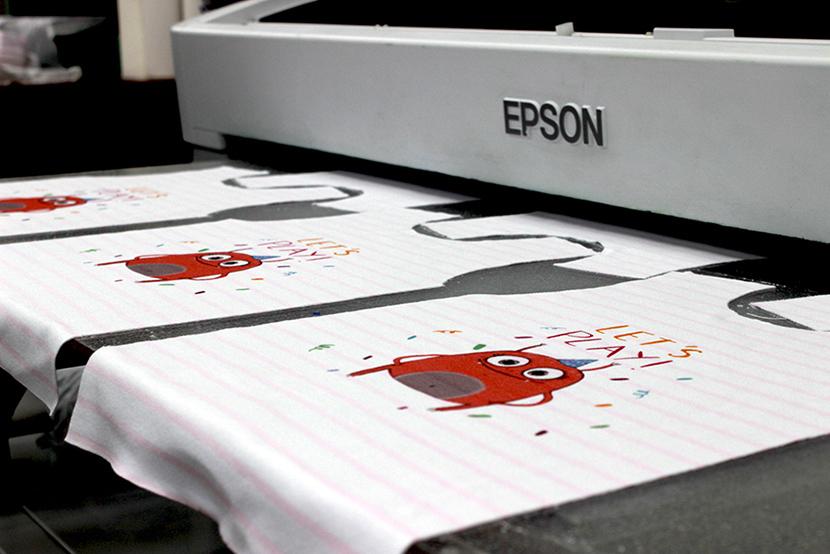 Напечатать рисунок на ткани