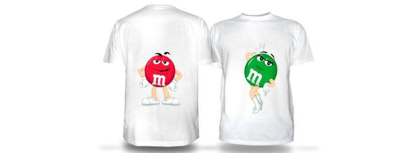 Фото парных прикольных футболок с красным и зеленым эмэндэмс