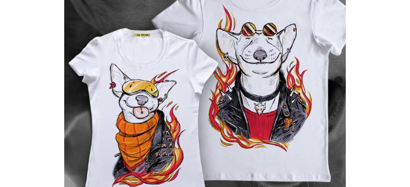 Фото пары в футболках с креативным изображением собак