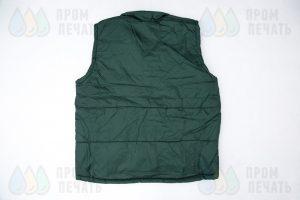 Зеленые утепленные жилеты с логотипом «Субботник»